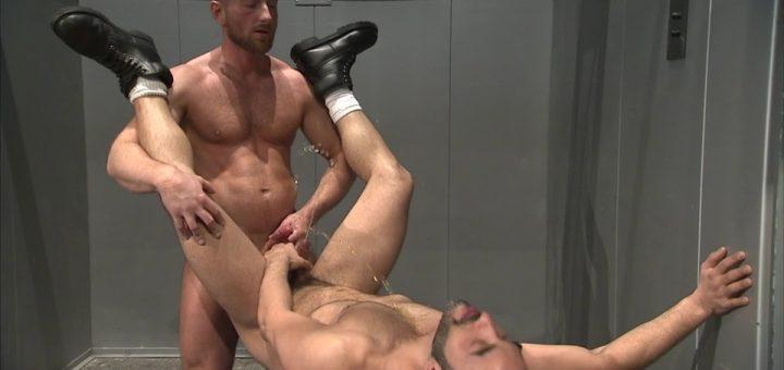 Pissing Guys: Kurt Weber and Mike Dreyden