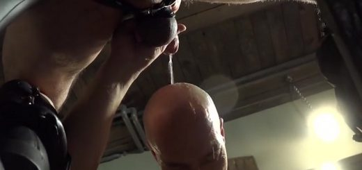 Pissing Guys: Alberto Esposito and Torsten Muller - Part 1