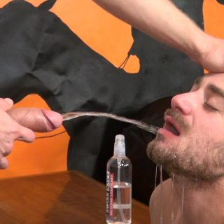 Piss & Fuck: Logan Stevens and Leon Fox