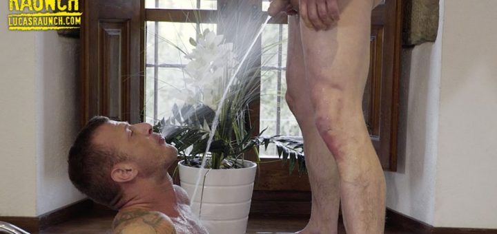 Pissing Guys: Logan Rogue and Ruslan Angelo