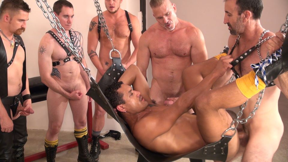 Bareback And Pissing Gay Orgy