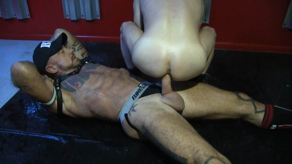 Sean Storm and Ray Dalton - Piss And Bareback